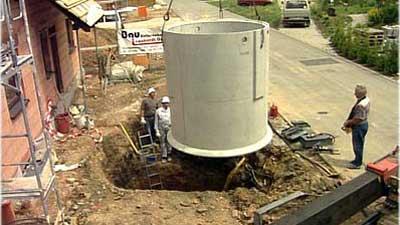 Regenwasser Zisterne wird eingebaut