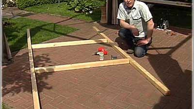 Gewächshaus selber bauen 3: Holzrahmen